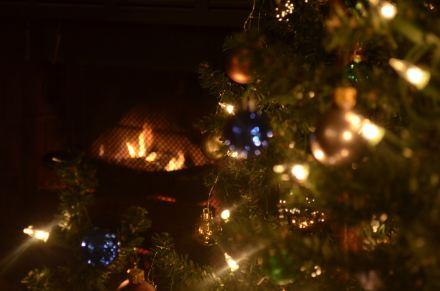 leslie ornaments fire